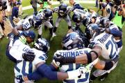 Seattle-Seahawks-huddle-G_20131018004303976_600_400